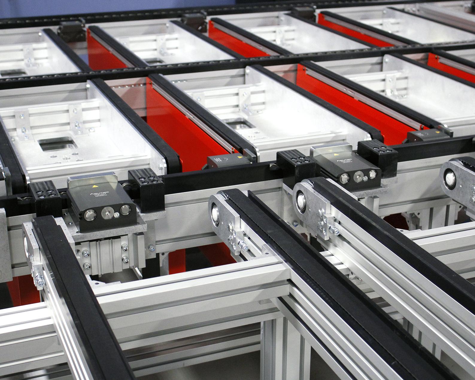 Custom dual, wide, pallet handling conveyor module